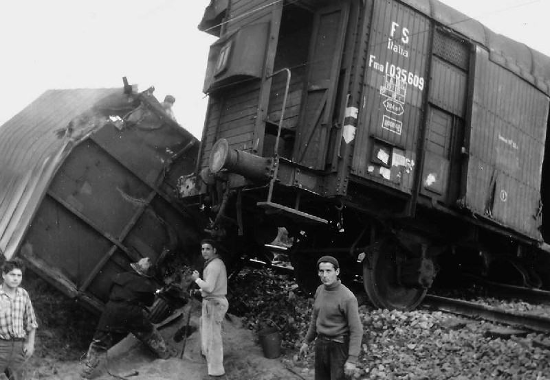UN INCIDENTE FERROVIARIO - Vincenzo Squillacioti